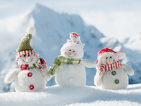 Tre snögubbar